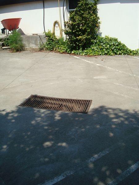 area descarga aparcamientos