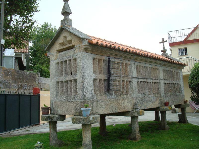 Horreo en Playa Fontaiña, Coruxo, Vigo