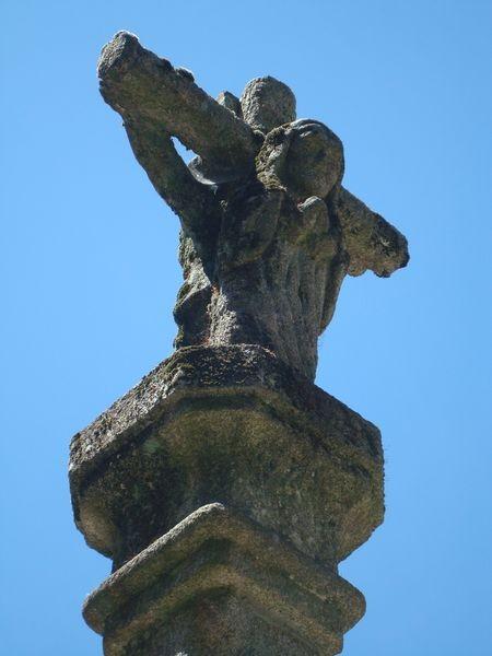 Cruceiro en Pontevedra, Rua de Maceda, detalle
