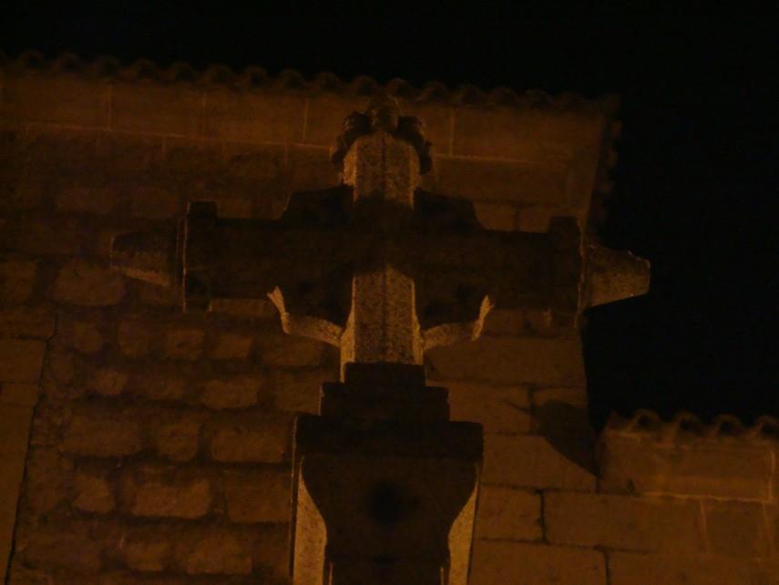Lagartera (Toledo), Cruz en la Iglesia parroquial, detalle