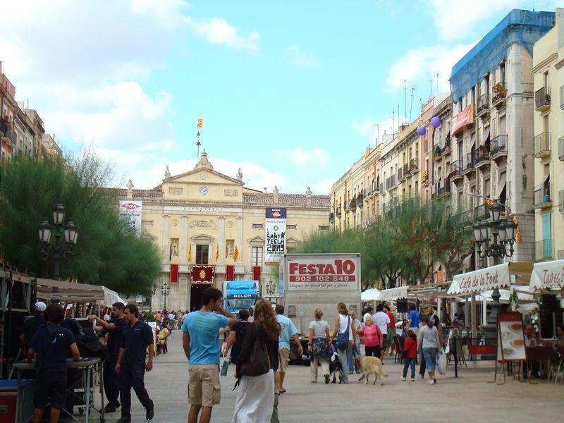 T. Plaça de la Font.