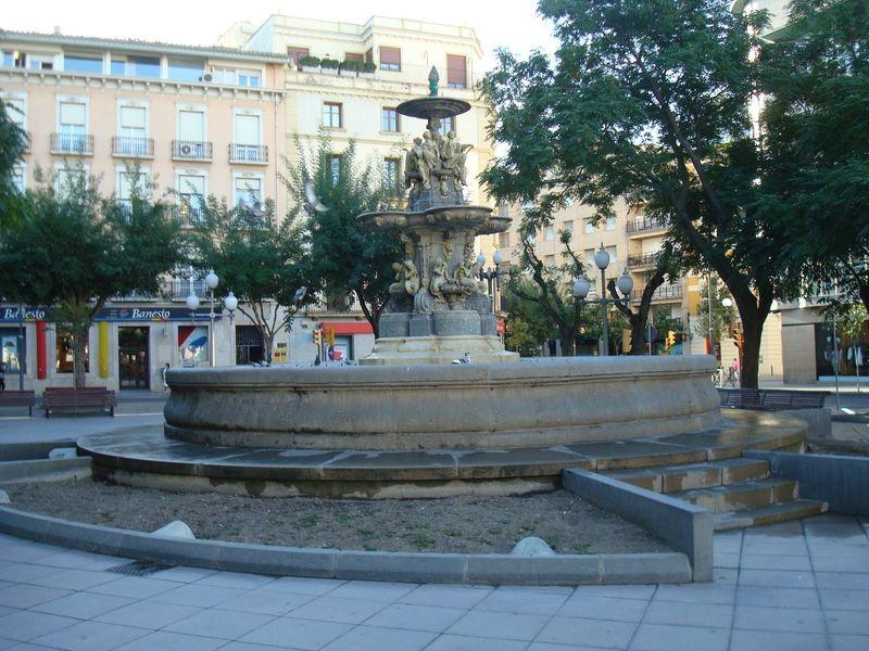 Huesca, Plaza Navarra