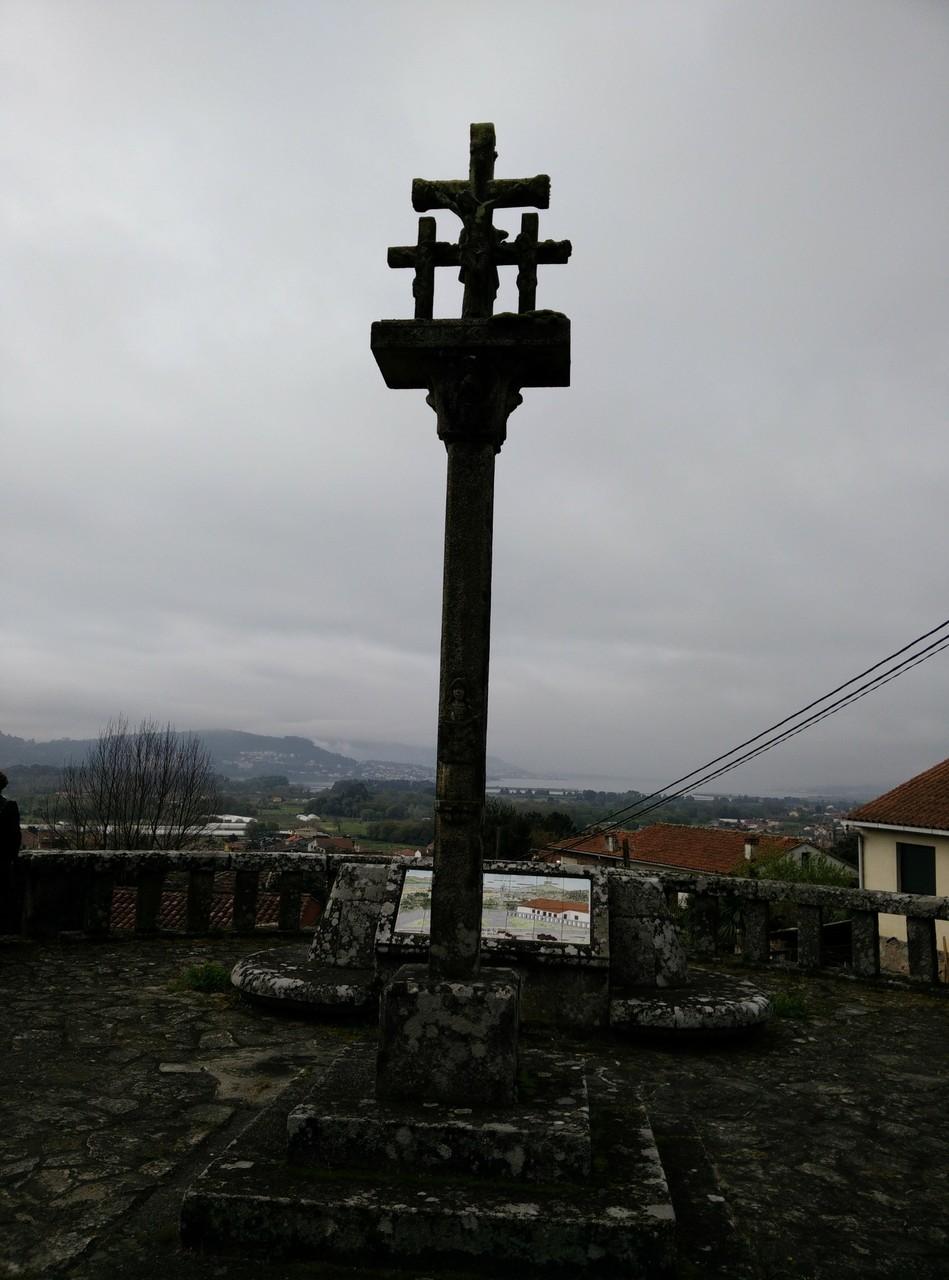 Cruceiro en Tabagón (mirador ctra. gral.), Pontevedra,