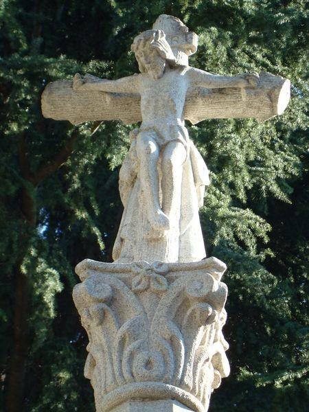 Cruceiro en Cimeterio S. Andres de Comesaña, Vigo, detalle
