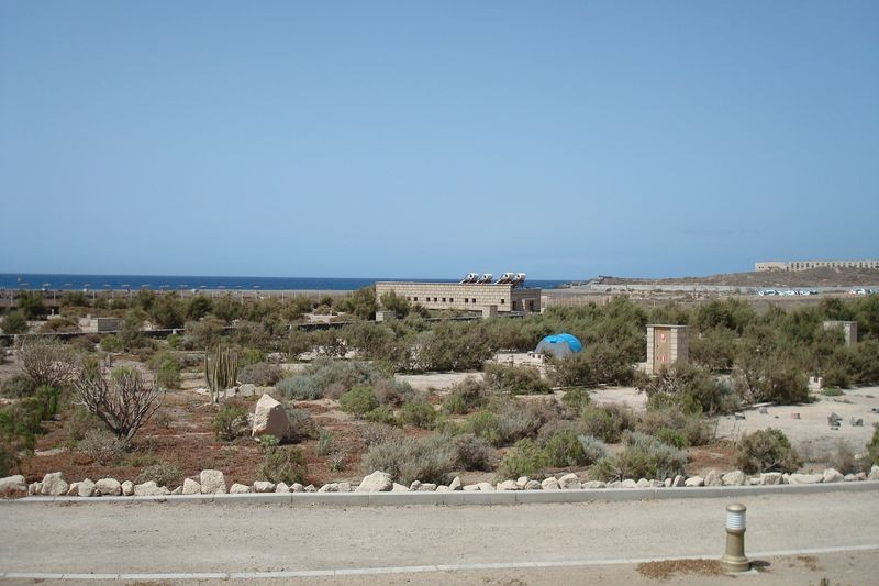 Vista parcelas con la playa al fondo