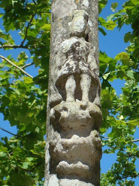 Mosteiro Poio, Cruceiro secundario alameda, detalle