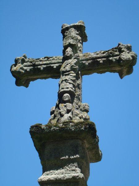Cruceiro en Pontevedra, en ruinas S. Domingo, detalle