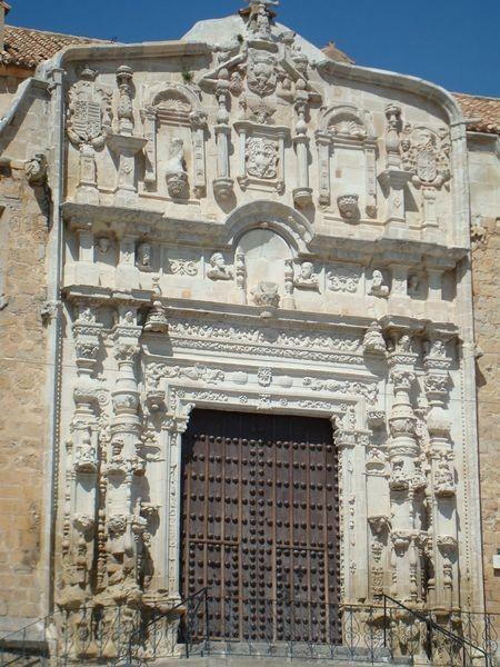Portada de Santa María La Mayor