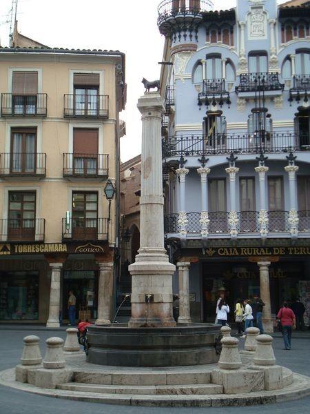 Teruel, Plaza El Torico