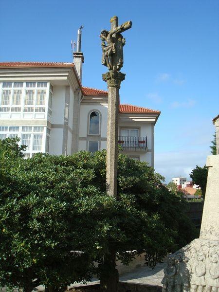 O Grove, Cruceiro Iglesia parroquial S. Martiño