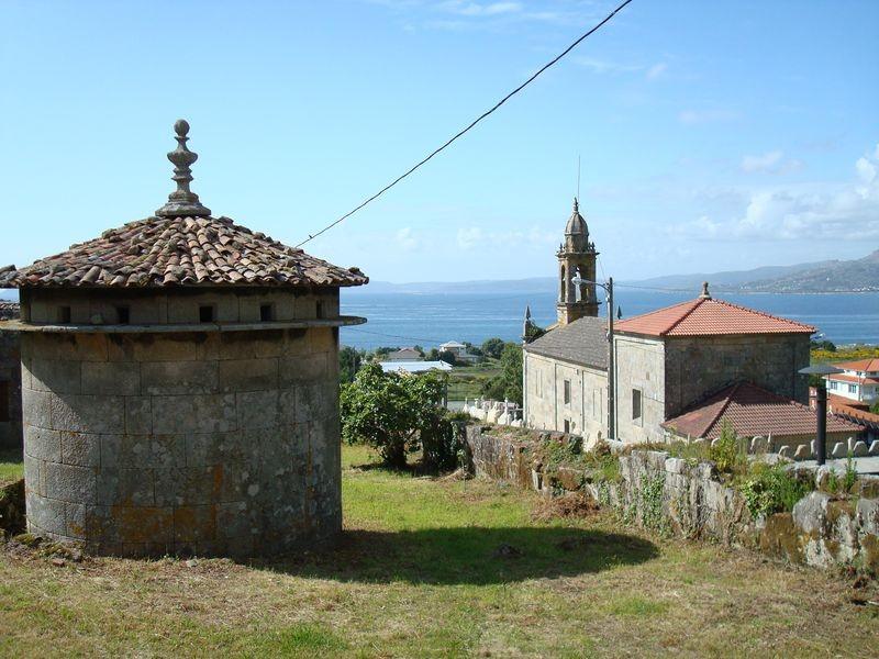 Palomar e Iglesia de Lira