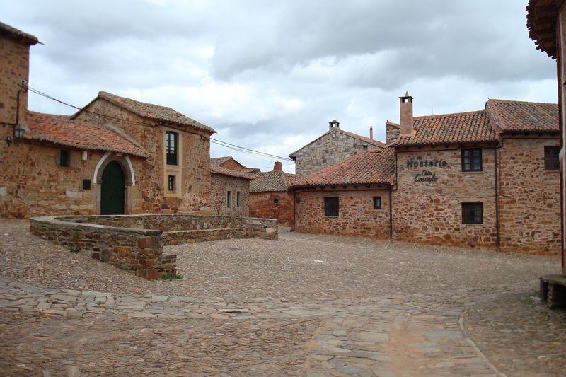 Castillo de Los Polvazares