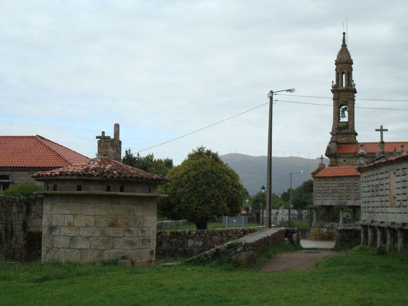 Conjunto Iglesia, Horreo y Palomar de Carnota