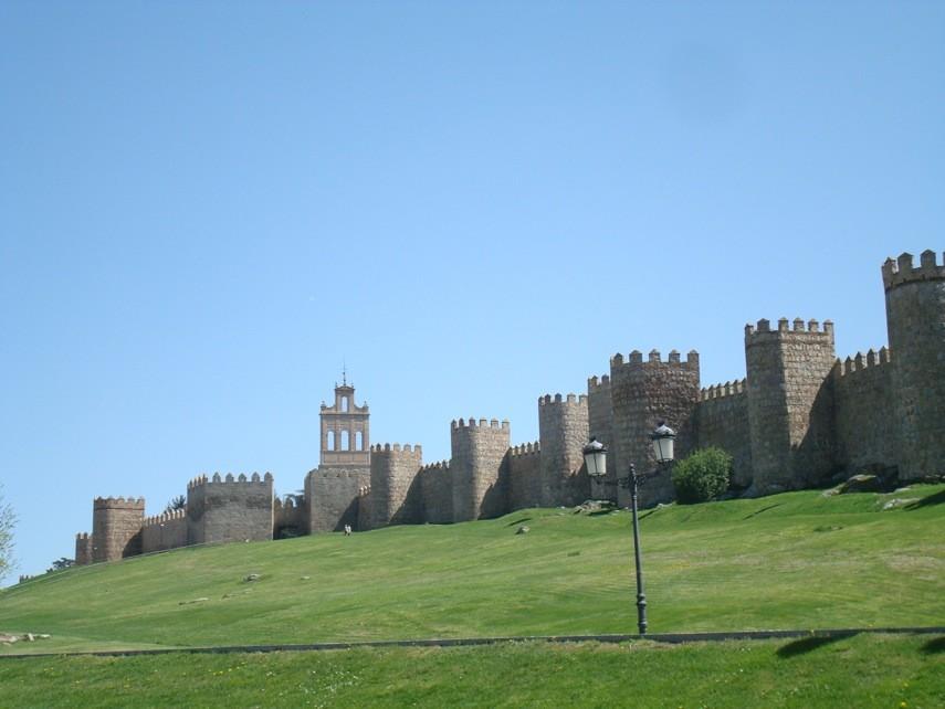 Murallas y Puerta del Carmen