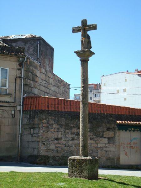Cruceiro en Pontevedra, Rua Arzobispo Malvaz