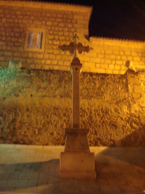 Lagartera (Toledo), Cruz en la Iglesia parroquial