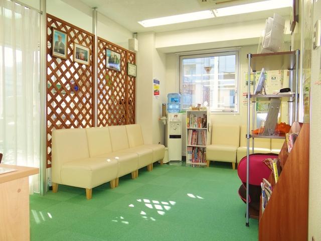 横浜でよく効くと人気の整体院の受付:川井筋系帯療法横浜治療センター