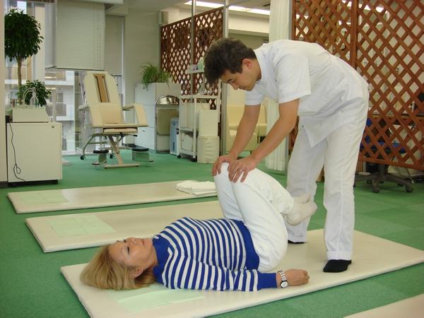 横浜でよく効くと人気の整体院の腰痛治療:川井筋系帯療法横浜治療センター