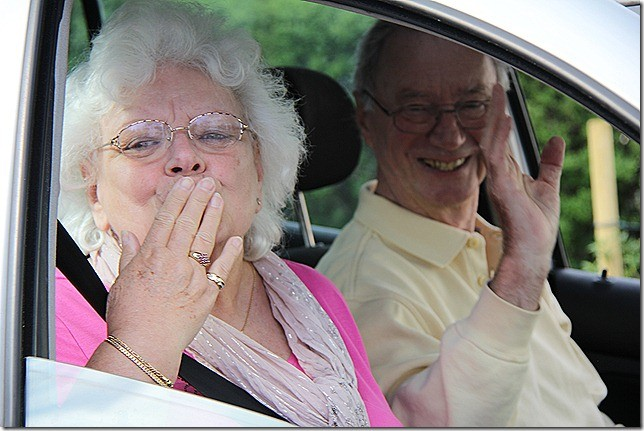 Oma und Opa reisen ab...