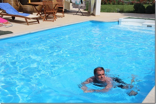 Dann schwimme ich halt alleine!! ;-(