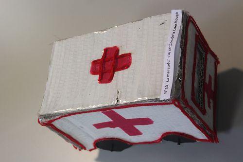 """N°10 """"La maraude"""" : le camion de la Croix Rouge"""