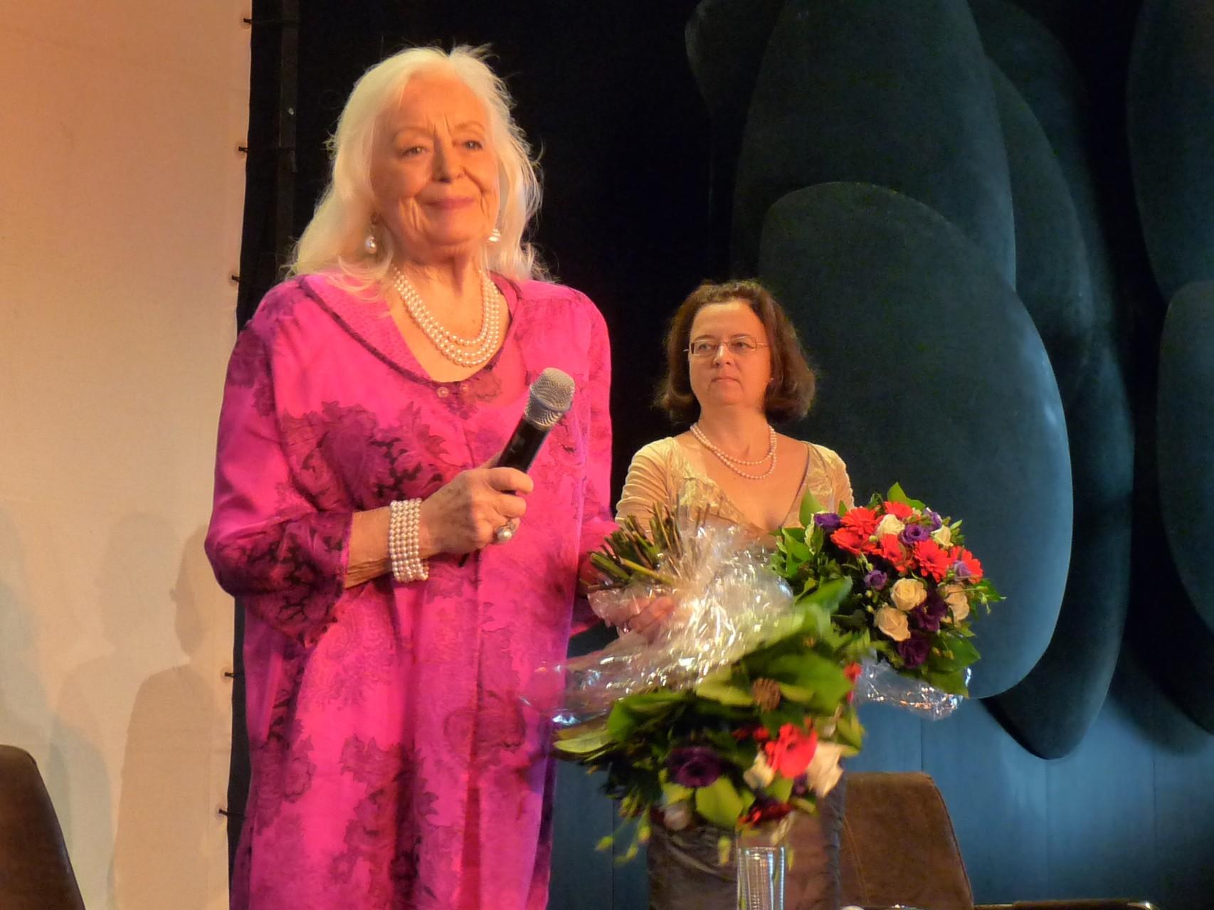 Künstlergespräch mit Dame Gwyneth Jones in der Deutschen Oper Berlin (28.11.2010)