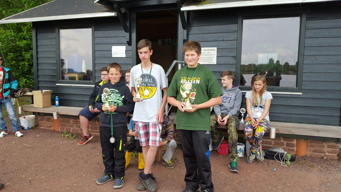 Alex mit 12, Paul mit 6 und Willi mit 5 Fischen die erfolgreichsten vom Wochenende.