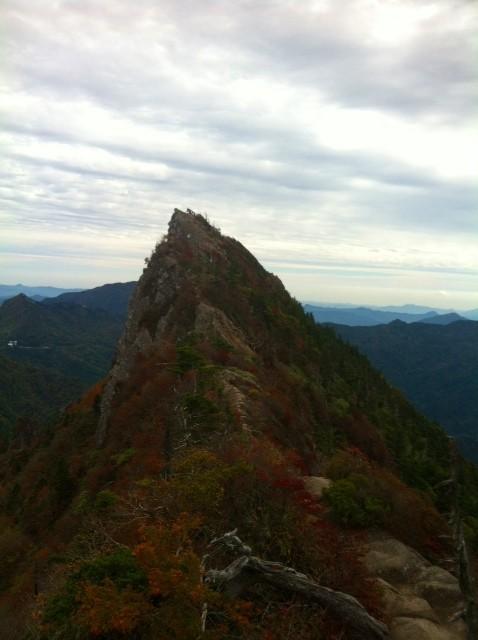 今年四回目になる石鎚に行ってきた、。で写真は山頂の山頂天狗岳、、まあ見慣れたいつもの、、、