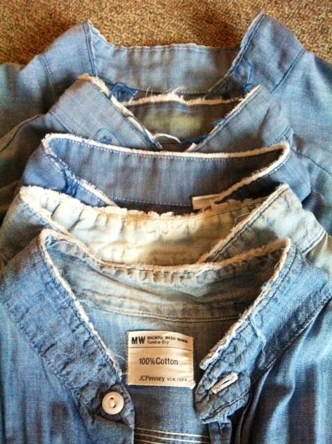 BD以外のシャツの襟が嫌いです。 なので切ります!(笑) 全てでは、ないですが6~7割は切ってんじゃないかな? 切だして20年は経つと思います。 特にシャンブレーとネルシャツはほぼ切ってます。 *ドレスシャツとアロハは絶対切りません。 **カートコバーンもネルシャツを切ってましたが決してマネしたんじゃありません!だいち僕ほど多くのシャツの襟を切ってるとも思えないし、。(笑) 僕の感覚でのことです。