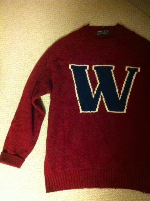 """ウェイアウト、、僕ら世代には懐かしいブランドだと思いますw リアルビンテージなこのセーター中3の冬に買ったもので30年寝かしてましたw というか放置してただけですけどねw 早稲田カラーに胸に大きな""""W""""まんまじゃん!って突っ込まれそうだけどWはWAYのWなんでよろしく~w"""