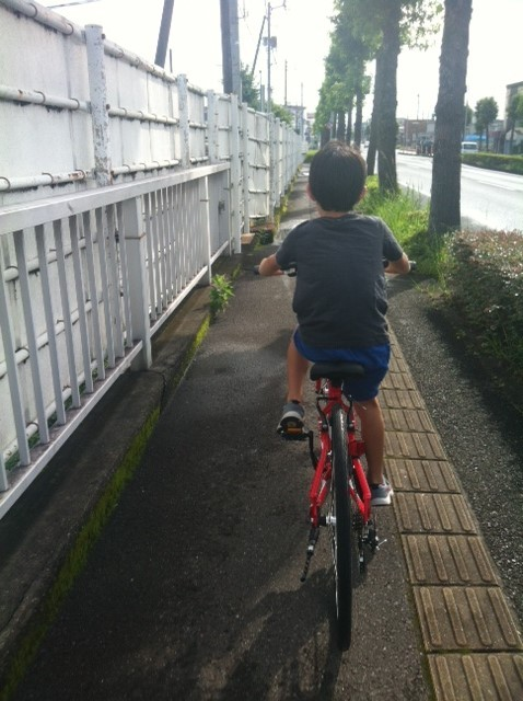 楽しみにしていた土曜日、、自転車に乗れるから♪