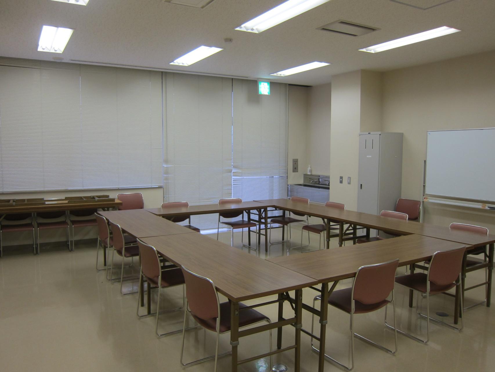 かいぎ室2