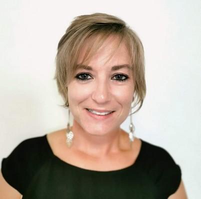 Lucie MOUSTAQIL - Officiel C