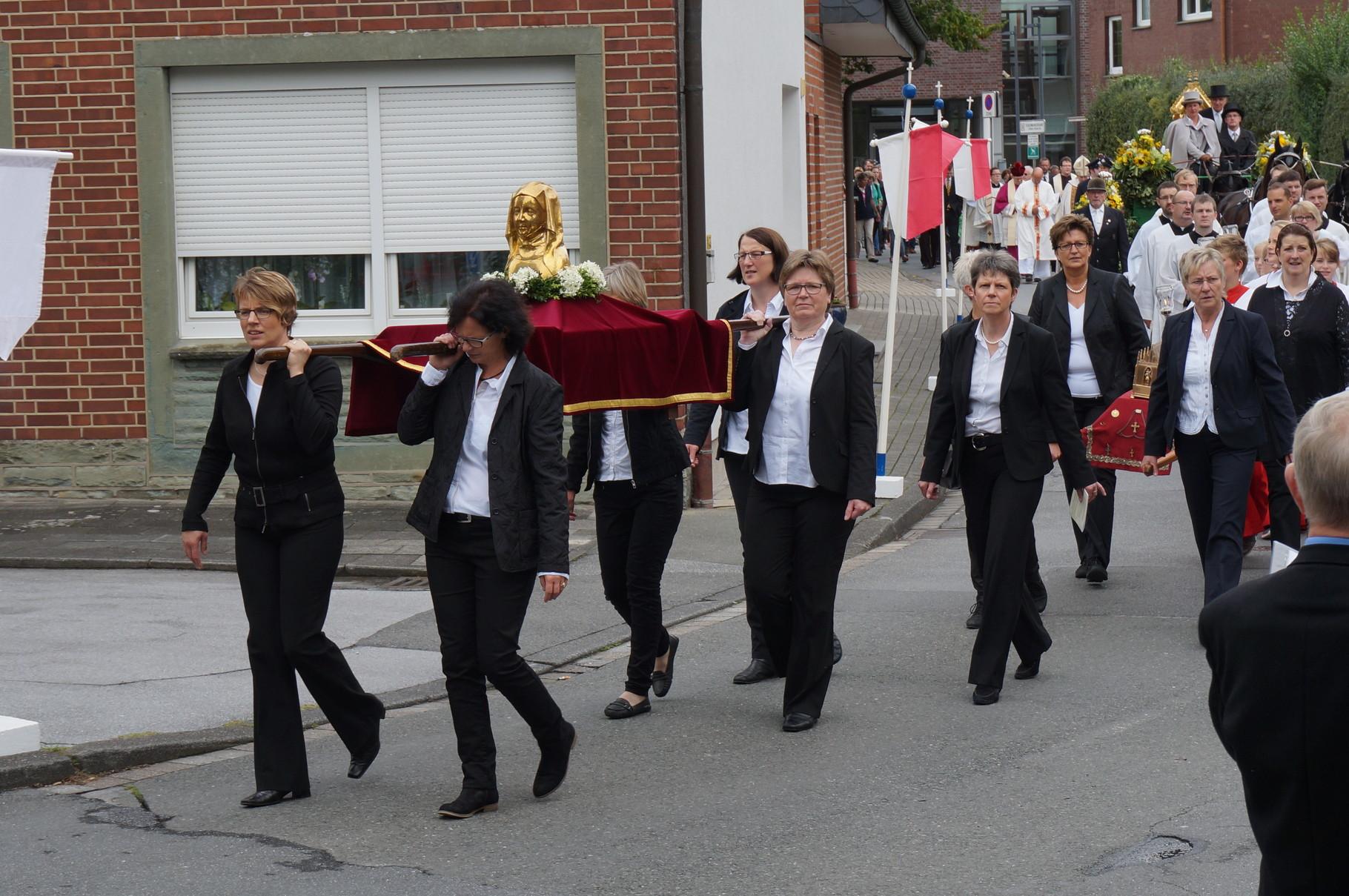 Prozession Alte Dorfstr. - Lippstädter Str.