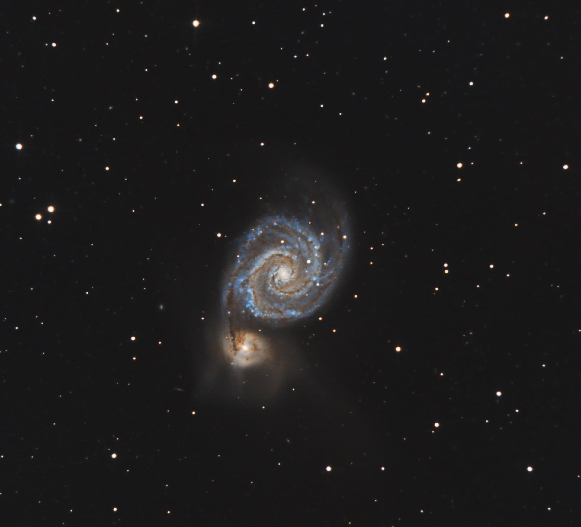 M51, galaxie du tourbillon- Stéphane Picquette - Newton 200/1000 - monture EQ6R-PRO, caméra ZWO 294MC refroidie avec guidage, 150 poses de 300s, 40 darks, 40 offsets, 40 flats, traitement SIRIL et Pixinsight