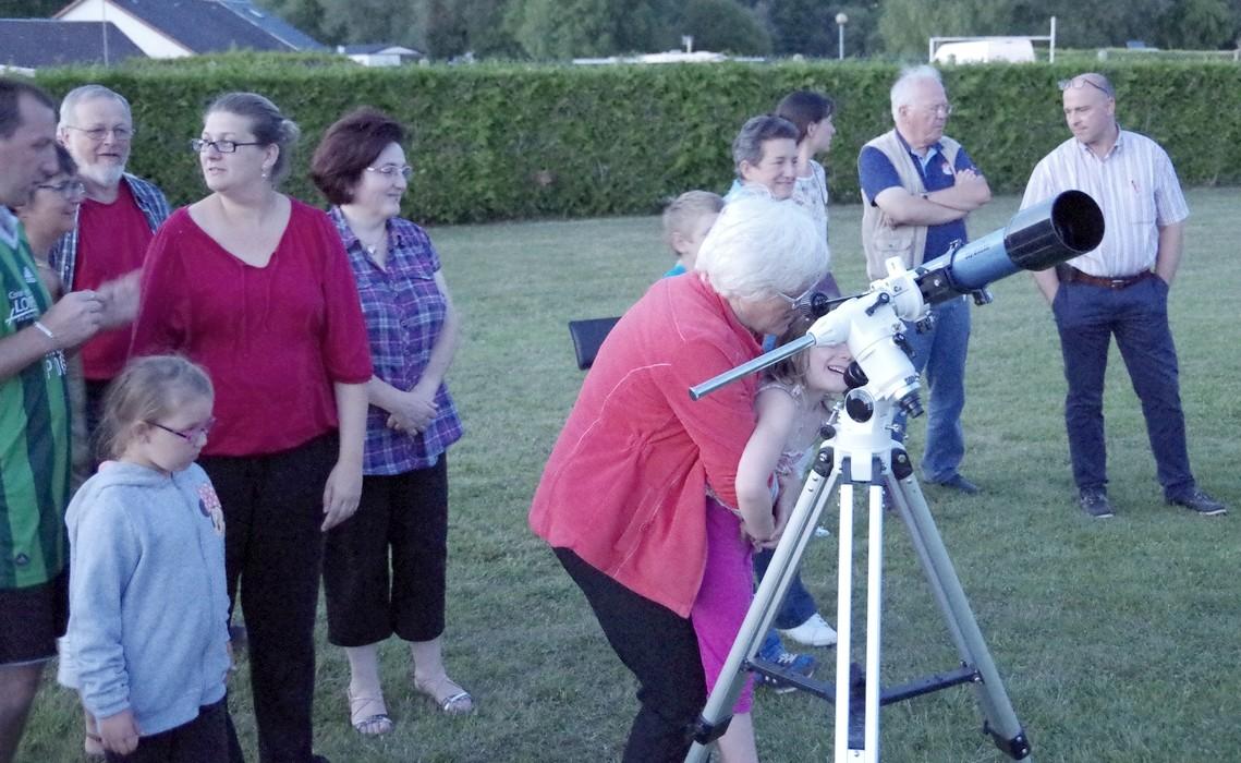 Observations à partir d'une lunette 70/700 sur monture équatoriale Eq3-2