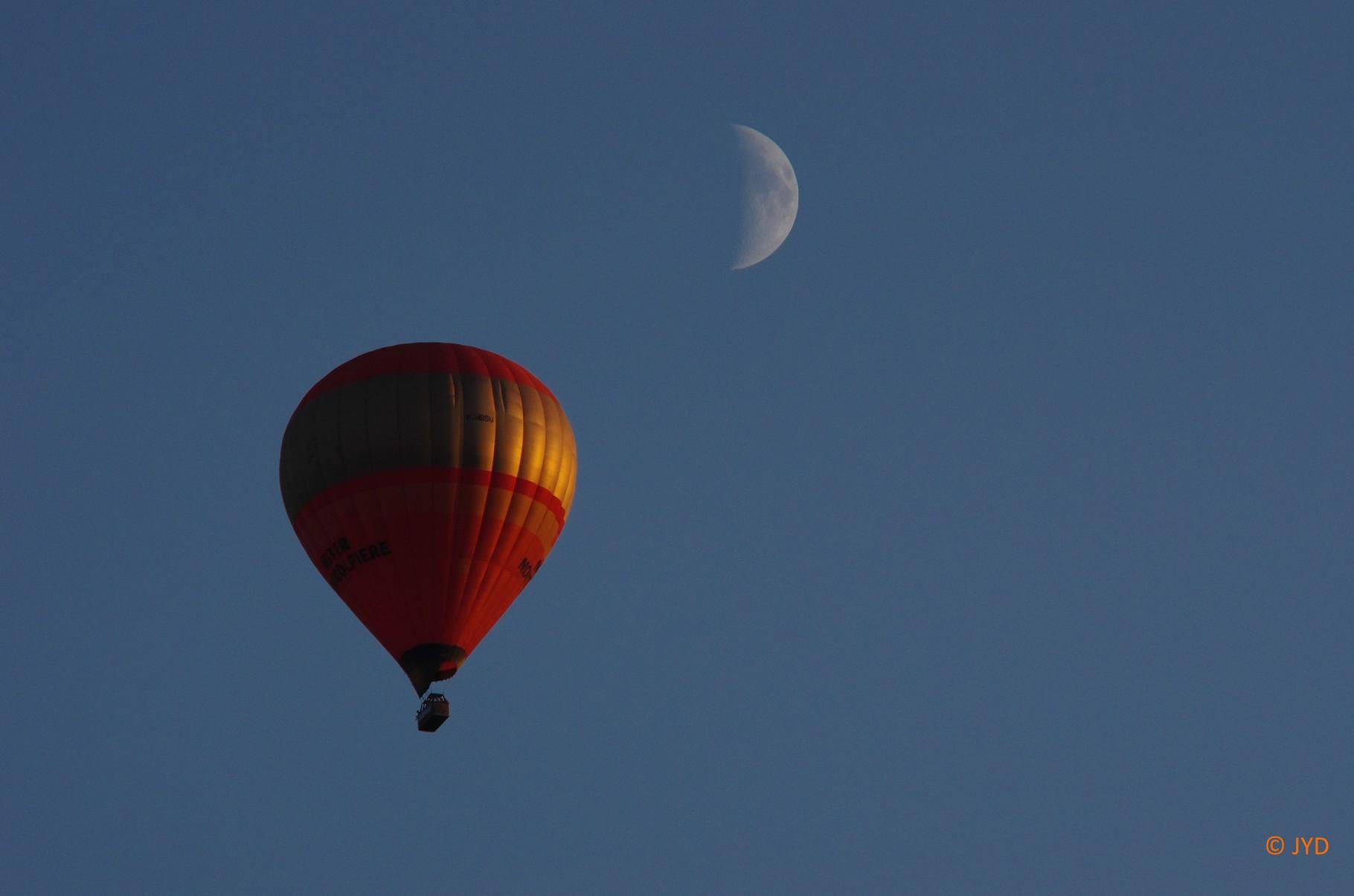 Quand les pilotes veulent toucher la lune...24 août 2015 - (Jean Yves)