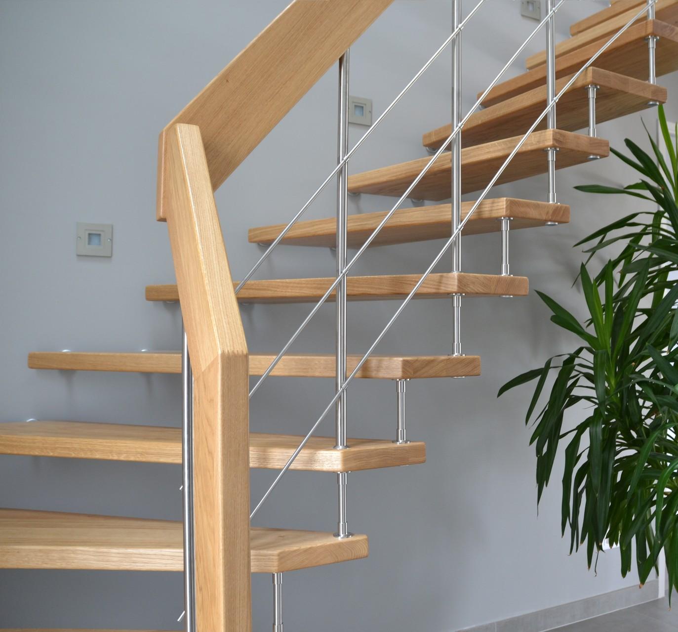 escalier suspendu treppenmeister escalier dans la manche 50 menuiserie resbeut normandie. Black Bedroom Furniture Sets. Home Design Ideas