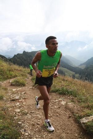 Sieger: Yossief Tekle, ERI, 43:42,2