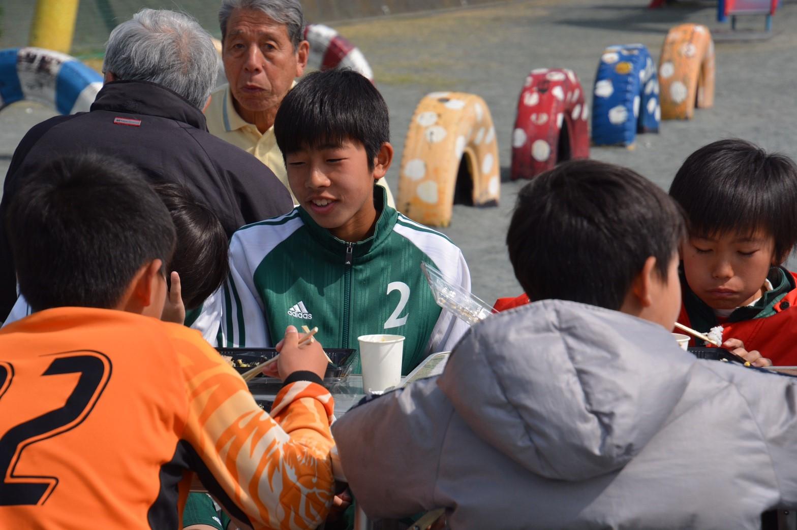 3/5 卒団式 お昼休み