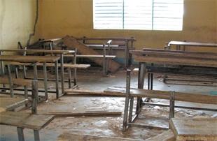 Ecole A - matériel en mauvais état