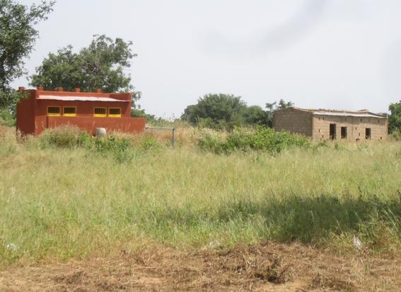 École B - latrines