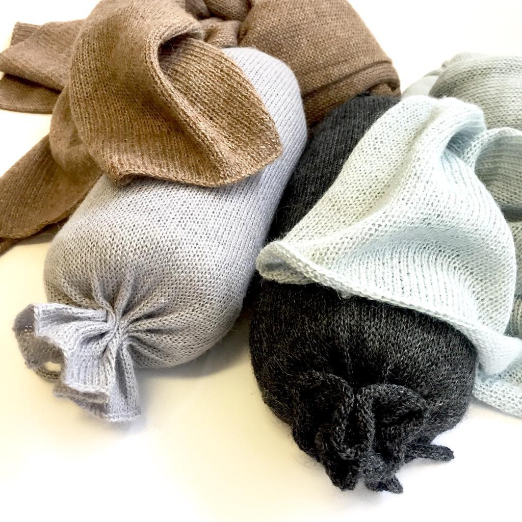 Schal aus Alpaka Wolle (nur noch helles Graublau erhältlich) Fr. 120.- statt Fr. 145.-!