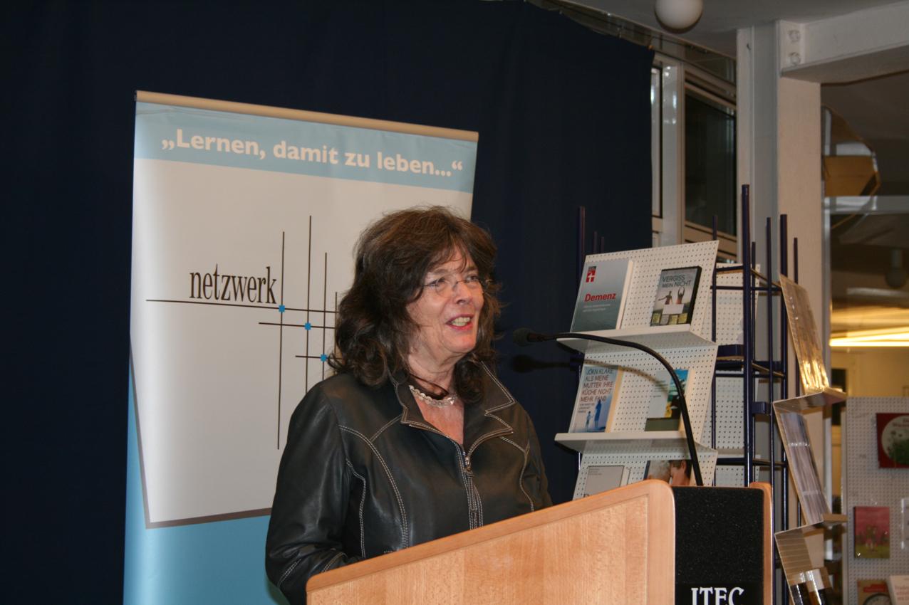 Kurzweilige Lesung: Sabine Bode unterhält mit berührenden Geschichten aus ihrem Buch.