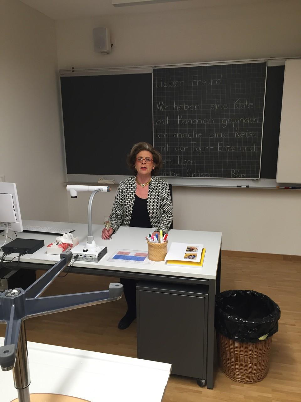 Lehrerin Tante Christa
