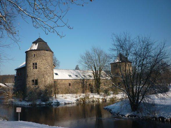 Foto: Eutonia/pixabay Wasserschloss Ratingen