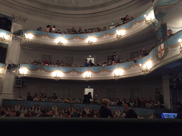 Aktionstag - Besuch des Stadttheaters