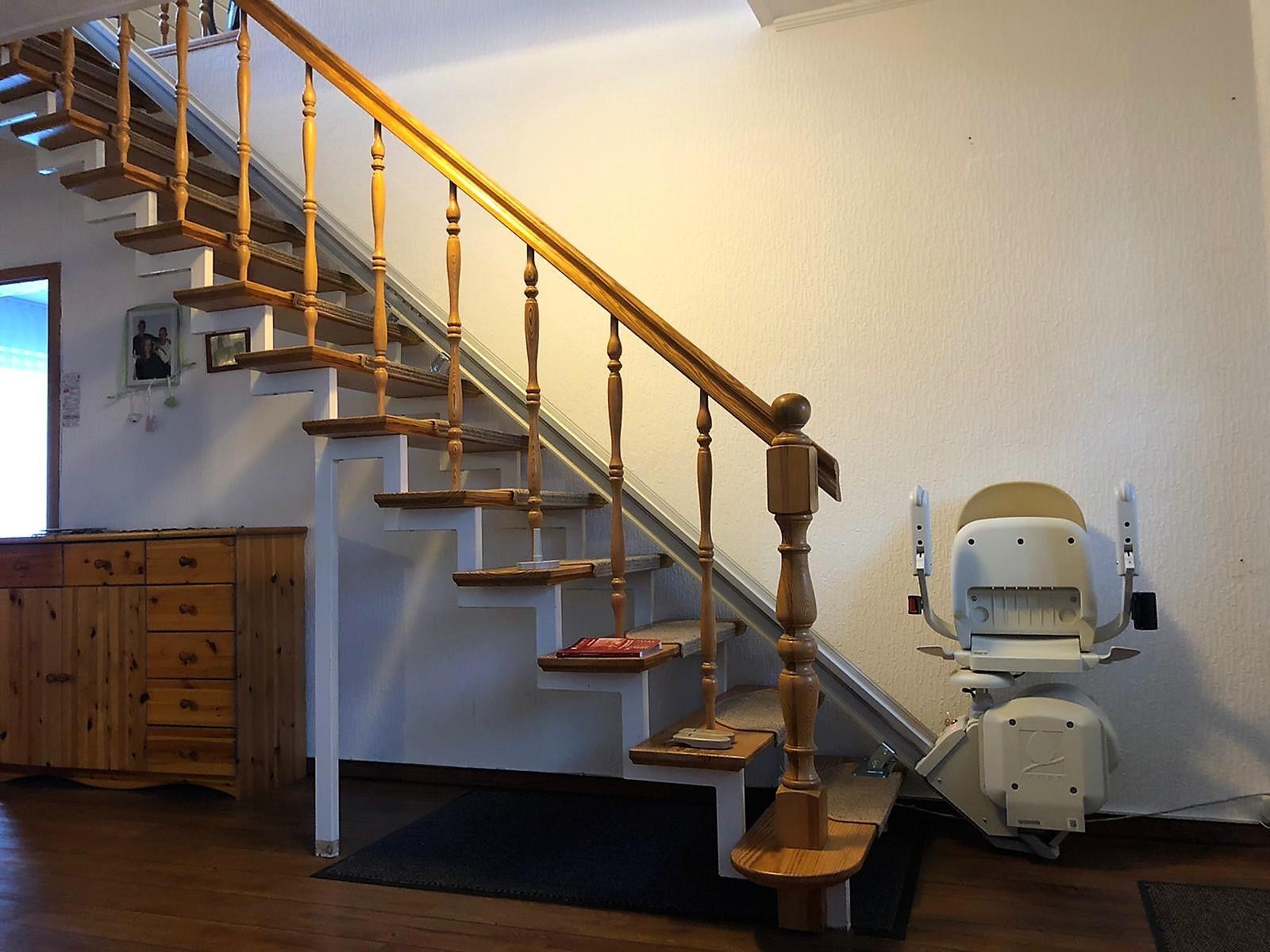 SG 130, Sitztreppenlift für eine gerade Treppe
