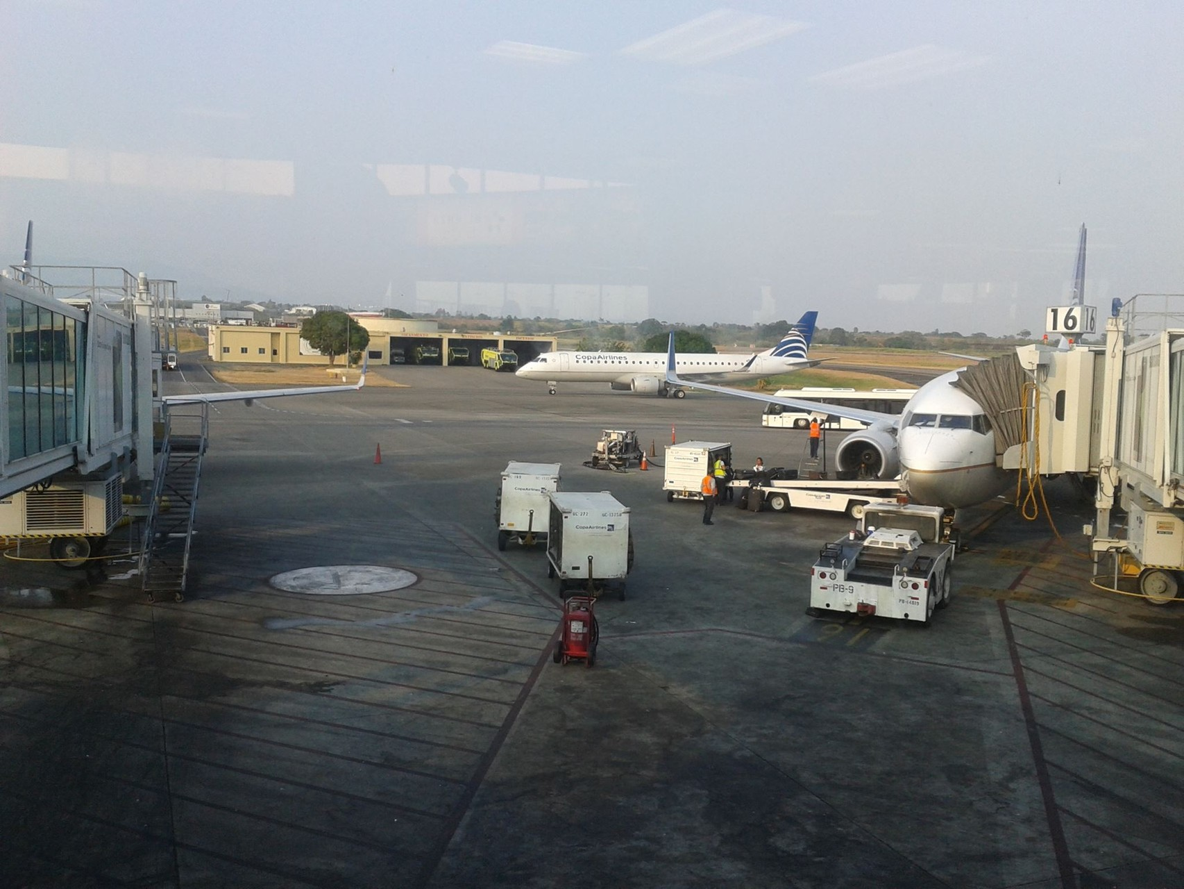 Aéroport du Panama vers Montréal