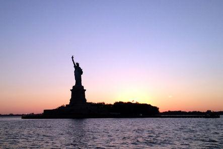 """Liberty"" on Ellis Island in New York City; la statue de la Liberté - banque de photographies gratuites"